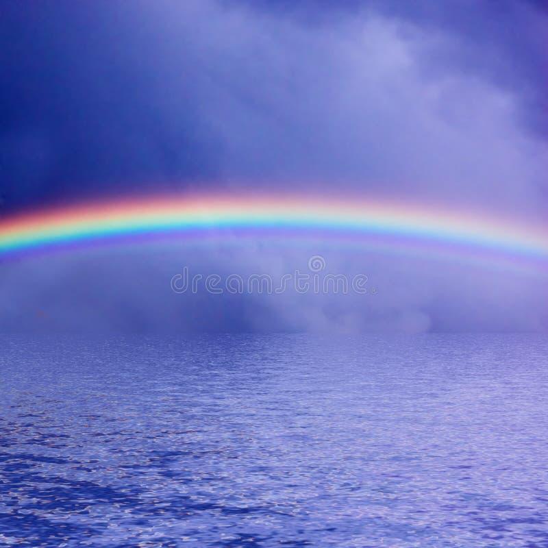 Het Overzees van de Regenboog van de hemel stock afbeeldingen