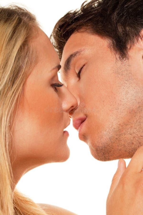 Het paar heeft pret. Liefde, erotiek en tederheid stock afbeeldingen