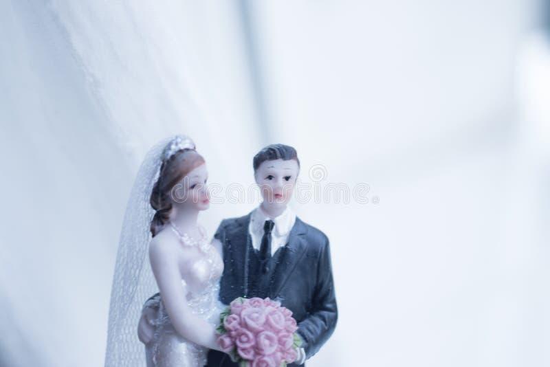 Het paar van het cake topper huwelijk royalty-vrije stock afbeelding
