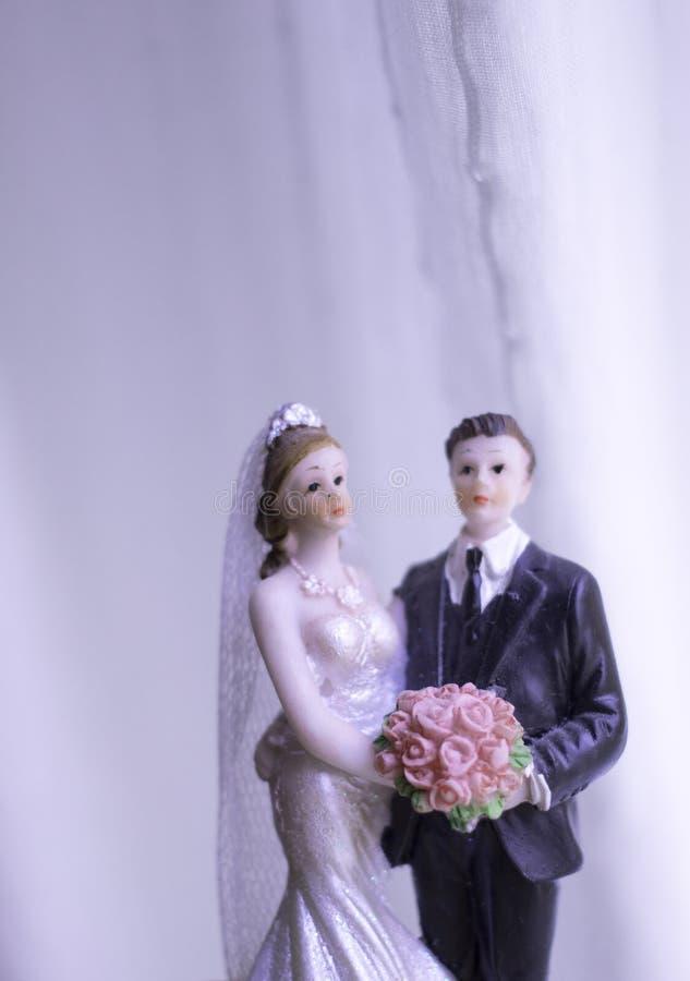 Het paar van het cake topper huwelijk royalty-vrije stock foto's