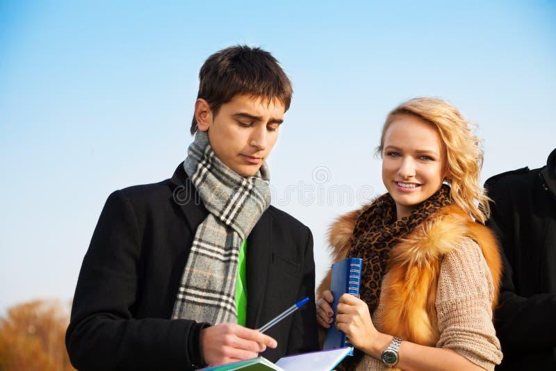 Het paar van de student stock foto