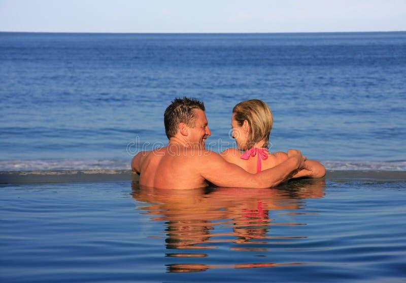 Het paar van Vacationing royalty-vrije stock afbeelding