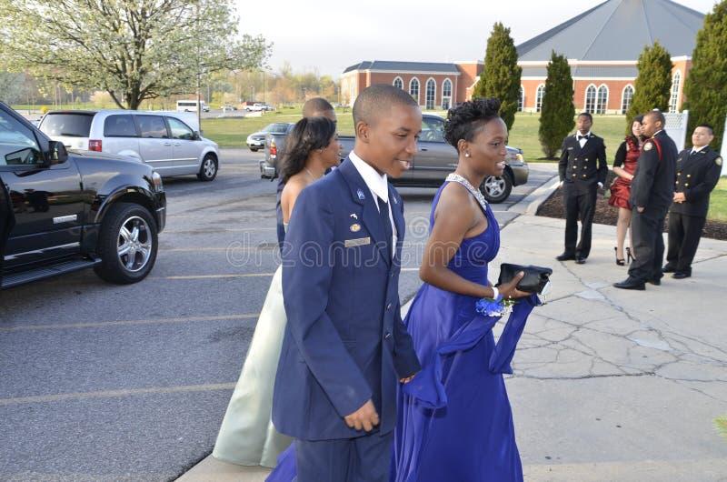Het paar woont een ROTC-dans op Fairmont-Hoogten bij, Maryland royalty-vrije stock foto