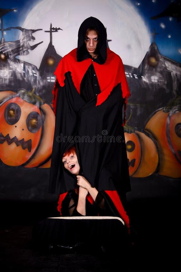 Het paarvampier van Halloween stock afbeeldingen