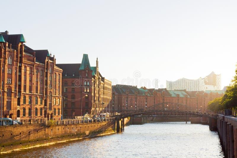 Het pakhuisdistrict van Hamburg stock afbeeldingen