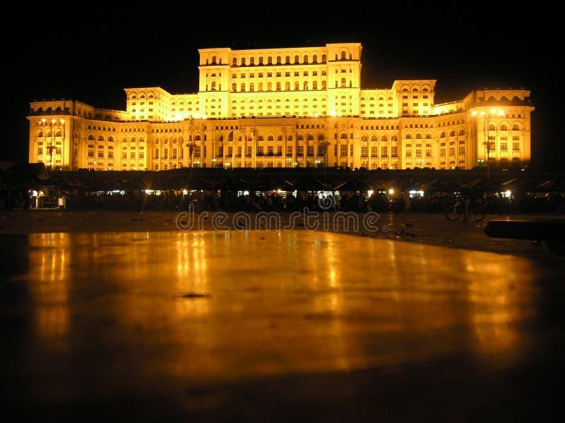 Het Paleis Boekarest van het Parlement stock foto's