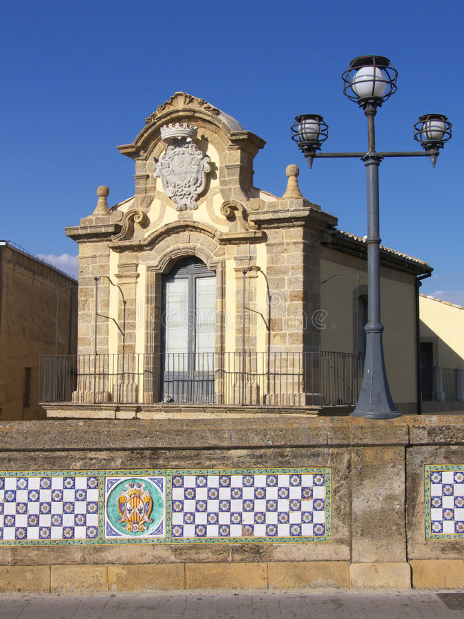 Het paleis van Caltagirone stock fotografie