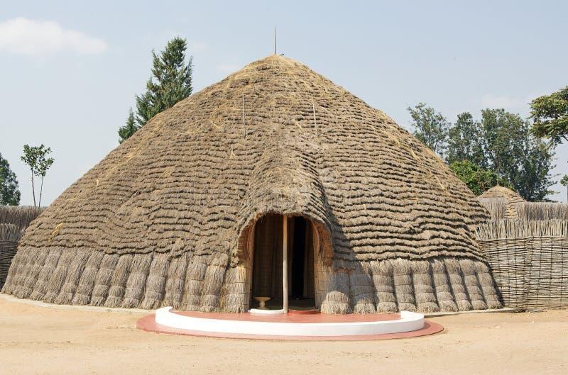 Het paleis van de oude Koning in Nyanza stock foto