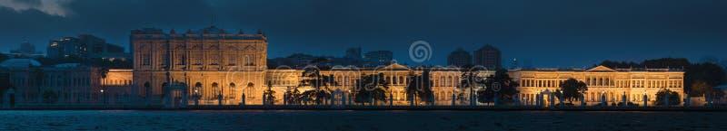 Het paleis van Dolmabahce in Istanboel stock afbeeldingen