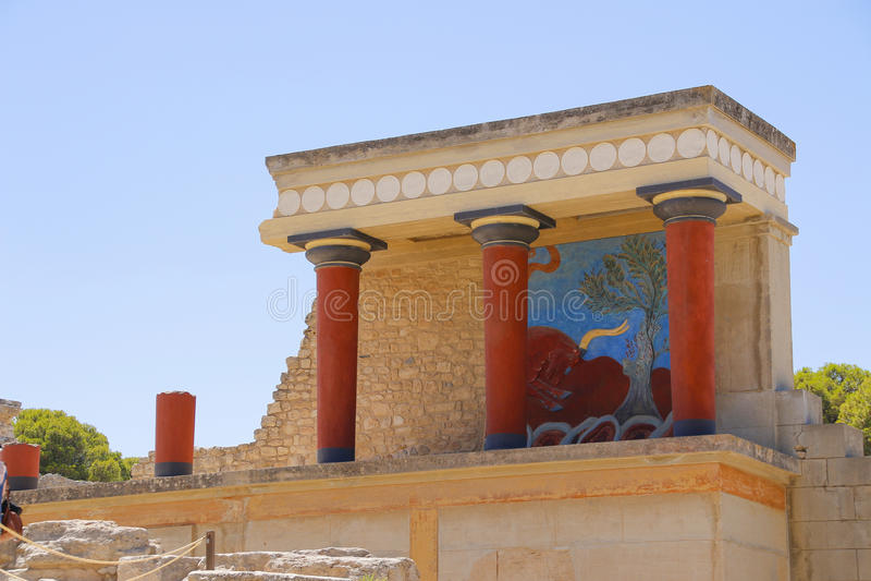 Het paleis van Knossos Detail van oude ruïnes van beroemd Minoan-paleis van Knosos Het eiland van Kreta, Griekenland stock afbeelding