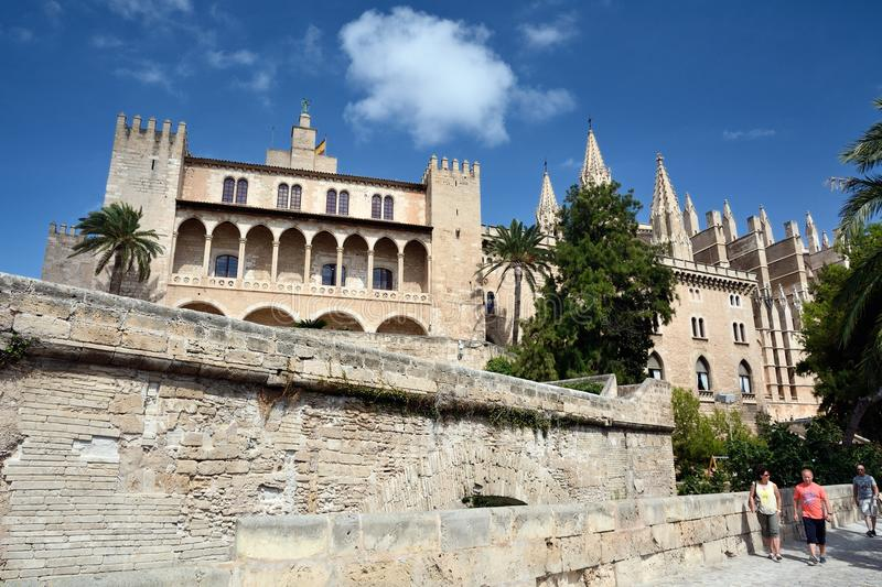 Het Paleis van La Almudaina in Palma DE Mallorca royalty-vrije stock fotografie