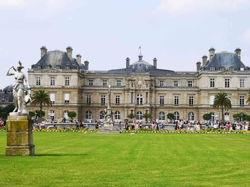 Het Paleis van Luxemburg in de Tuinen van Luxemburg, Parijs, Frankrijk stock foto