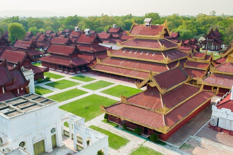 Het paleis van Mandalay bij de stad van Mandalay van Myanmar Birma stock afbeeldingen