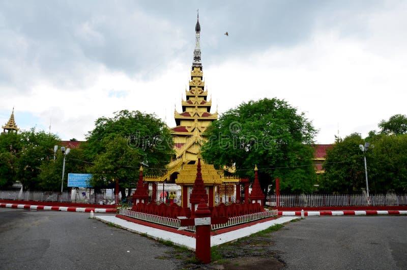 Het Paleis van Mandalay in Mandalay, Myanmar stock afbeelding