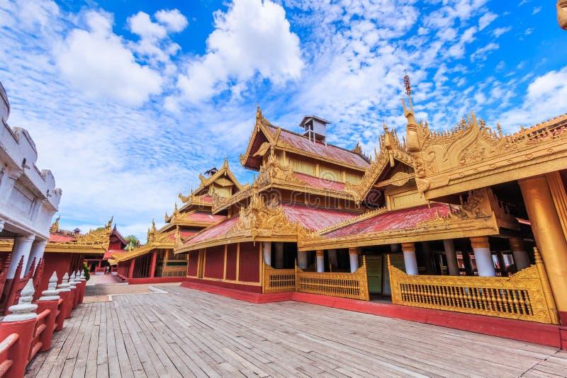 Het paleis van Mandalay in Mandalay van Myanmar stock foto
