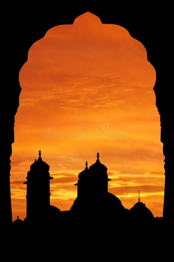 Het paleis van Rajasthan bij zonsondergang royalty-vrije stock afbeelding