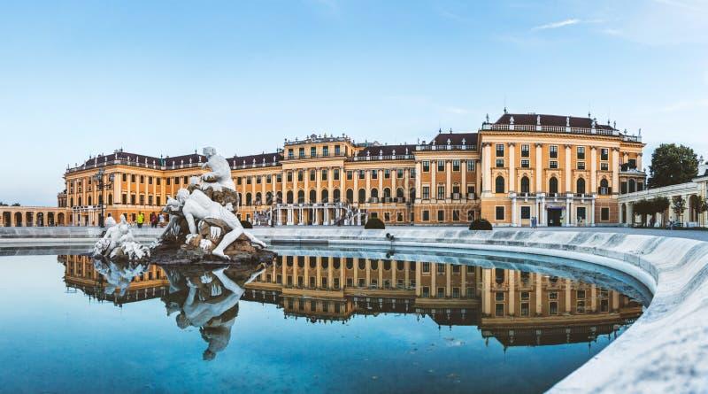 Het Paleis van Schonbrunn in Wenen, Oostenrijk royalty-vrije stock afbeelding