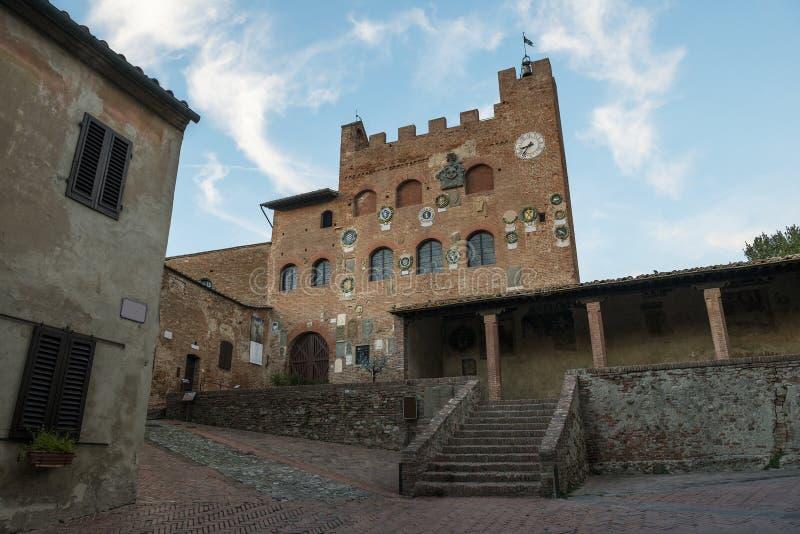 Het paleis van Toscanië Certaldo Pretorio stock foto