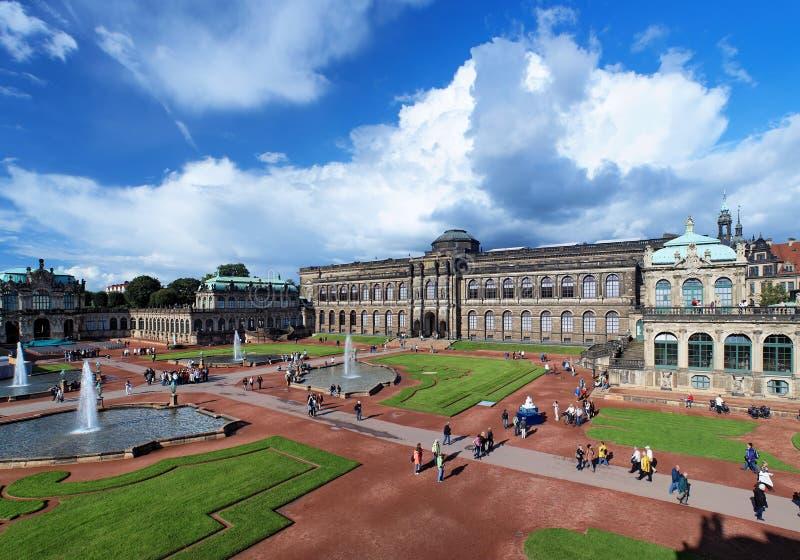 Het paleis Zwinger in Dresden, Duitsland stock fotografie
