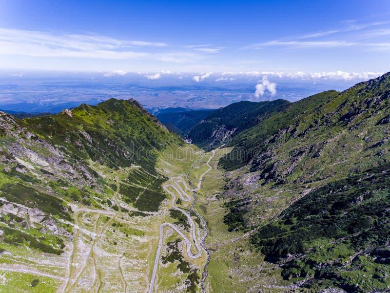 Het panorama luchtmening van de Transfagarasanweg royalty-vrije stock afbeeldingen