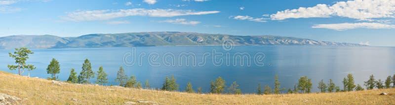 Het panorama van Baikal van het meer stock foto