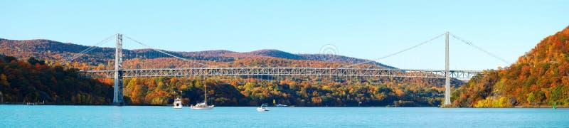 Het Panorama van de Berg van de brug royalty-vrije stock foto