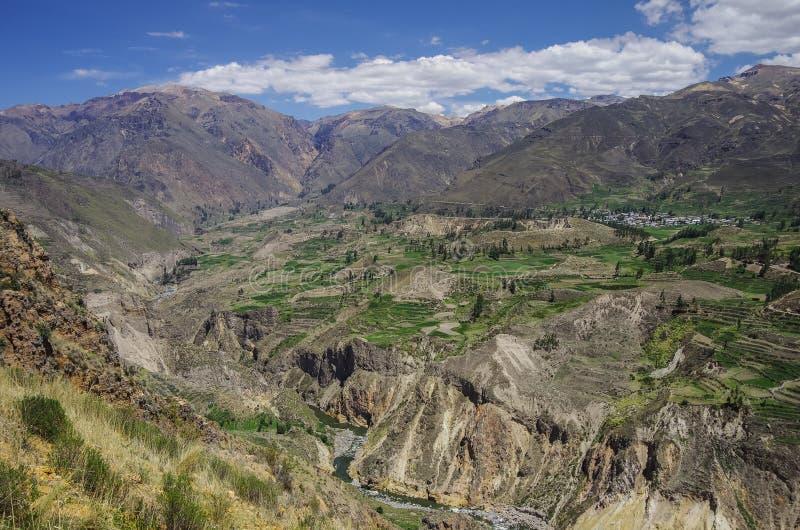Het panorama van de Colcacanion, Peru, Zuid-Amerika Incas om Farmin te bouwen royalty-vrije stock foto