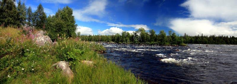 Het panorama van de rivier royalty-vrije stock afbeeldingen