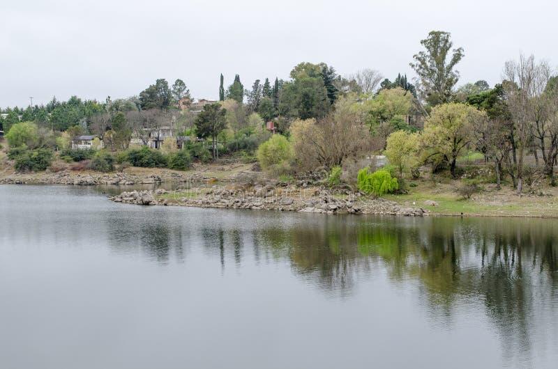 Het panorama van de rivier stock fotografie