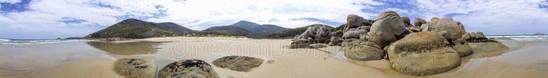 Het panorama van de wiskybaai in Wilsons Prom, Australië stock foto