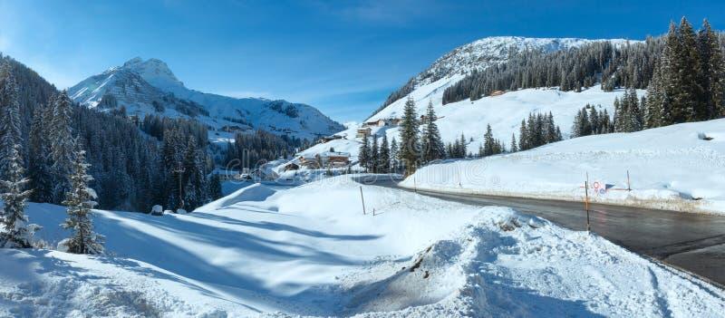 Het panorama van het land van de de winterberg (Oostenrijk) royalty-vrije stock afbeeldingen