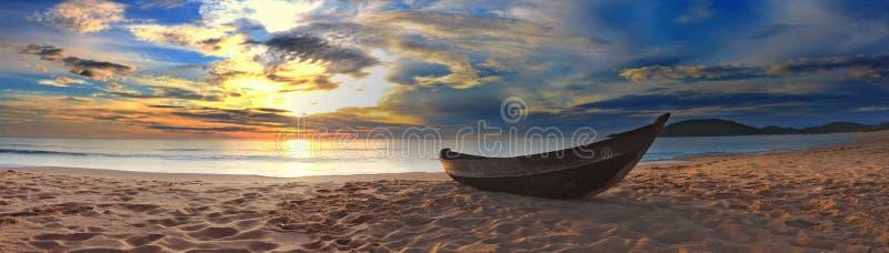 Het panorama van het strand royalty-vrije stock afbeeldingen