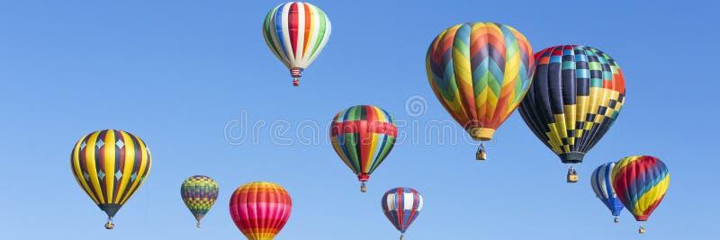 Het panorama van hete luchtballons royalty-vrije stock fotografie