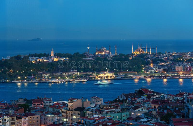 Het panorama van Istanboel van historisch schiereiland royalty-vrije stock foto's