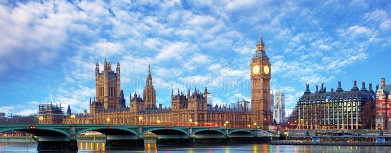 Het panorama van Londen - de Big Ben, het UK royalty-vrije stock fotografie