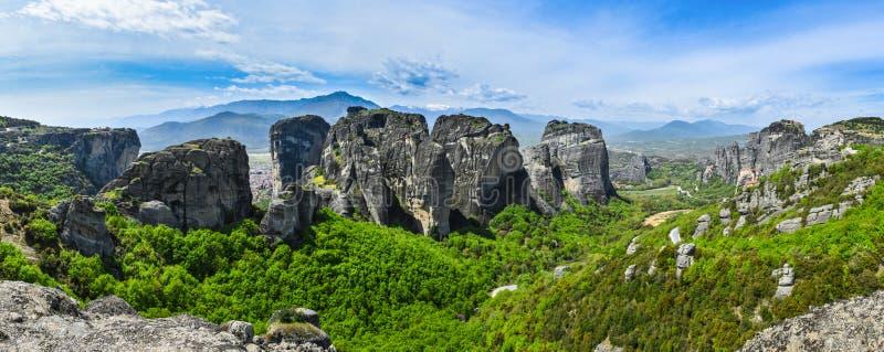 Het Panorama van Meteoragriekenland met kloosters royalty-vrije stock fotografie