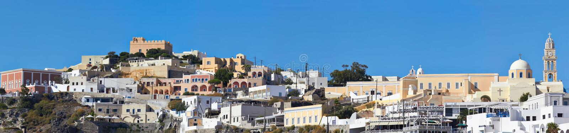 Het panorama van Santorinifira stock foto's