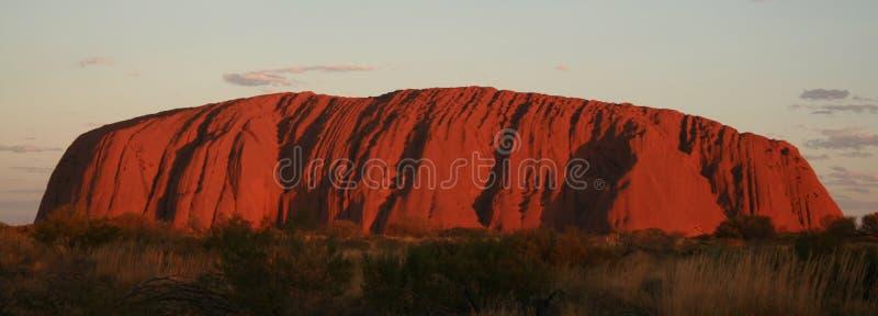 Het Panorama van Uluru stock afbeelding