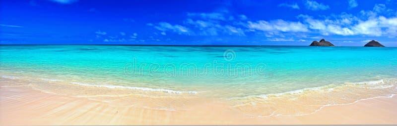 Het panoramastrand van de droom stock fotografie