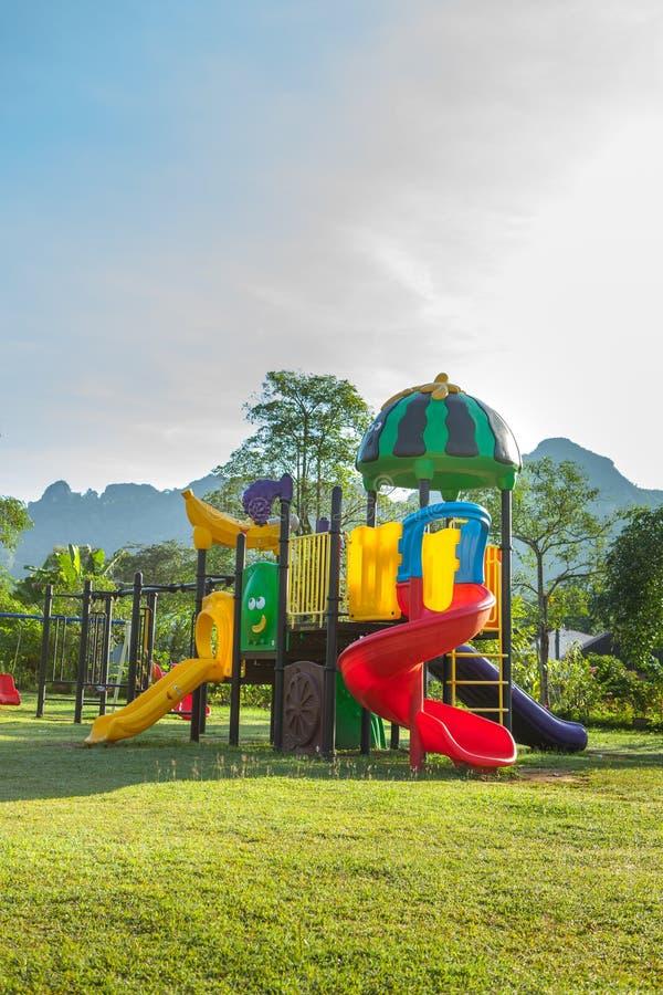 Het park van de kinderenspeelplaats royalty-vrije stock fotografie
