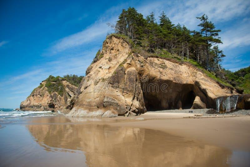 Het Park van de Staat van het omhelzingspunt in Oregon stock foto's