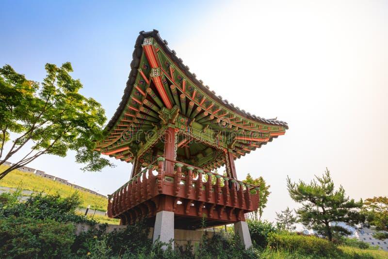 Het Park van Dongdaemunseonggwak in Dongdaemun-district op Jun 18, 2017 stock afbeelding