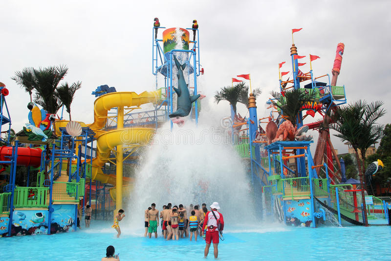 Het park van het Guangzhouwater stock afbeeldingen