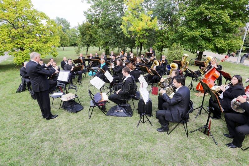 Het park van het symfonieorkest stock afbeelding