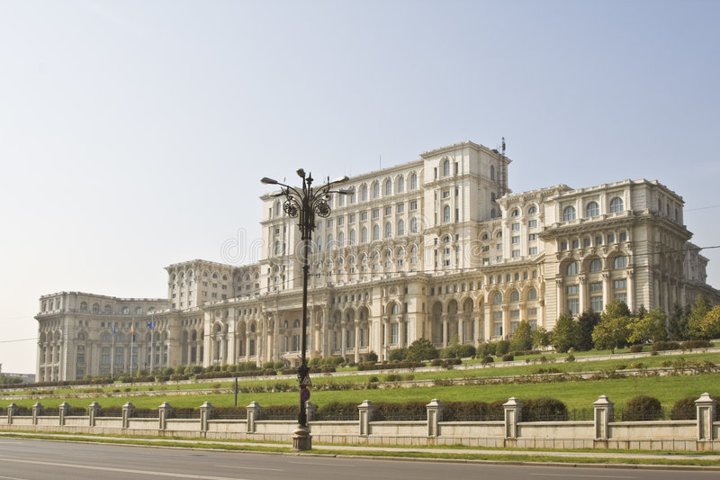 Het Parlement huis-Boekarest, Roemenië stock fotografie
