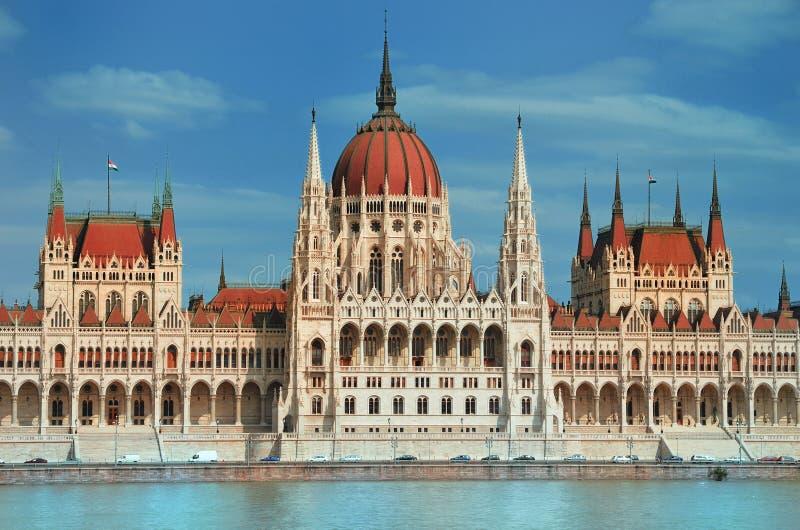 Download Het Parlement Van Boedapest Stock Foto - Afbeelding bestaande uit buitenkant, vakanties: 29502530