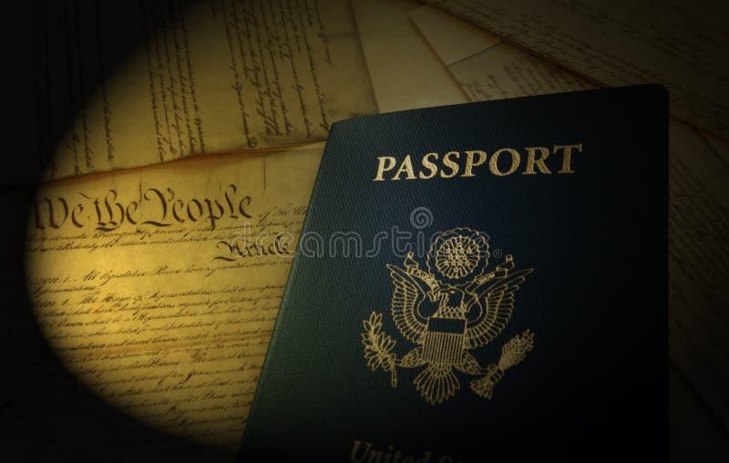 Het Paspoort en de Grondwet van de V.S. royalty-vrije stock foto's