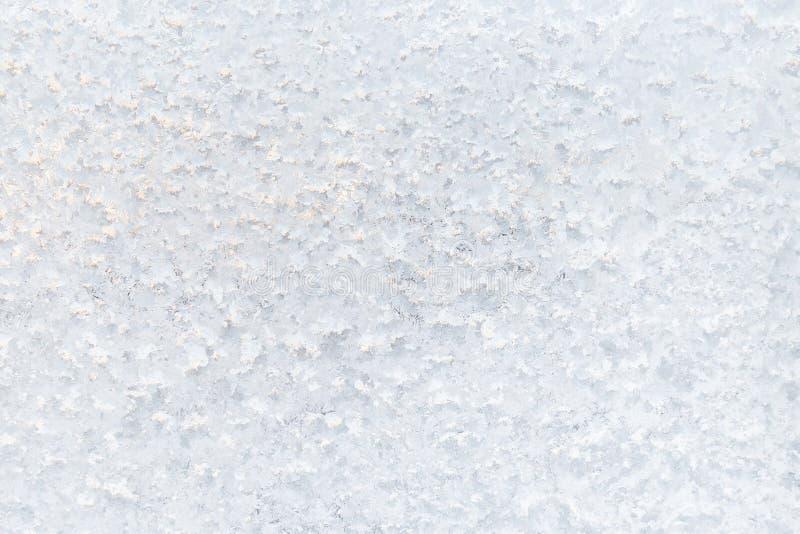Het patroon van het ijs op venster De achtergrond van de winter Textuur royalty-vrije stock fotografie