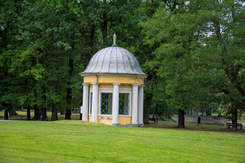 Het paviljoen van de mineraalwaterlente - FrantiÅ ¡ kovy LÃ ¡ znÄ› royalty-vrije stock fotografie