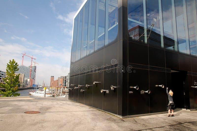 Download Het Paviljoen Van Elbphilharmonie Redactionele Fotografie - Afbeelding bestaande uit waterloop, metselwerk: 29509207